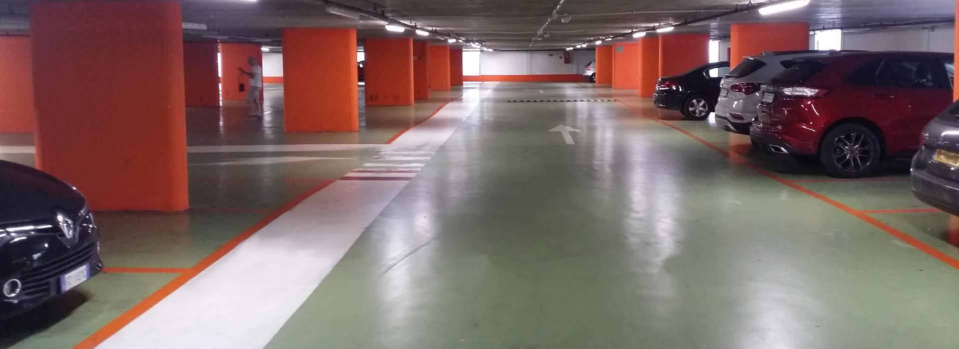 Per realizzare o ristrutturare un pavimento, pensa alla resina